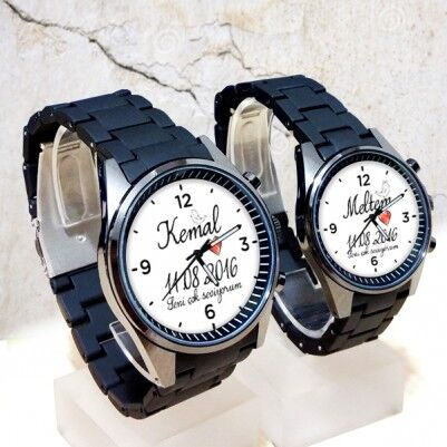 - İsme Özel Romantik Çift Saatleri