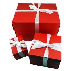 - Kırmızı Karton Hediye Kutuları