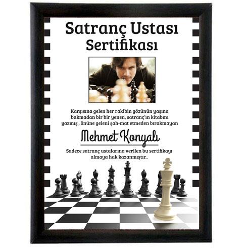 - Kişiye Özel En İyi Satranç Oyuncusu Sertifikası