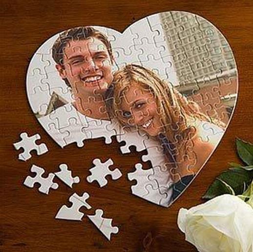 Kişiye Özel Fotoğraflı 99 Parça Kalp Puzzle