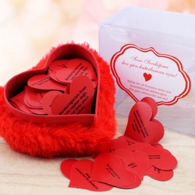 - Peluş Kalp Kutuda 365 Adet Aşk Sözleri