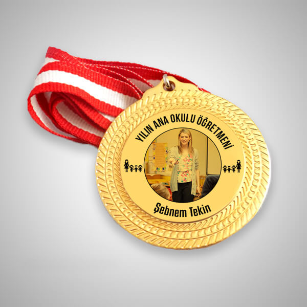 Anaokulu Öğretmenine Hediye Madalyon