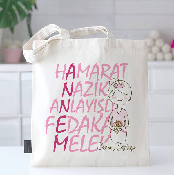 Anne Vasıfları İsimli Bez Çanta