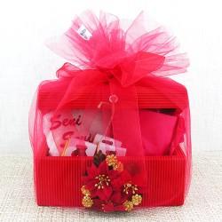 Aşkıma Sandık Dolusu Romantik Hediye Sepeti - Thumbnail