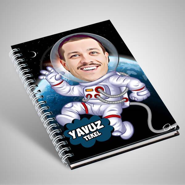 Astronot Karikatürlü Defter