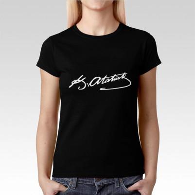 - Ata İmzalı Bayanlara Özel Siyah Tişört