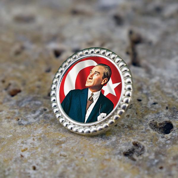 Atatürk Resimli Ceket Yaka Rozeti