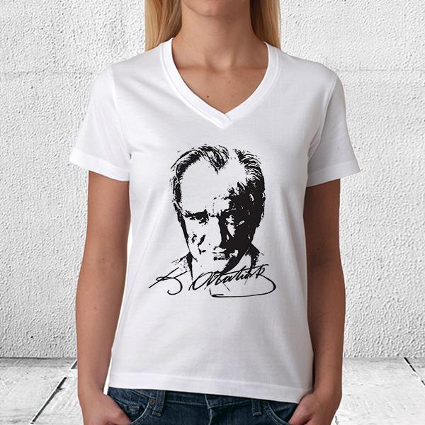 Atatürk Silueti Bayan Tişörtü