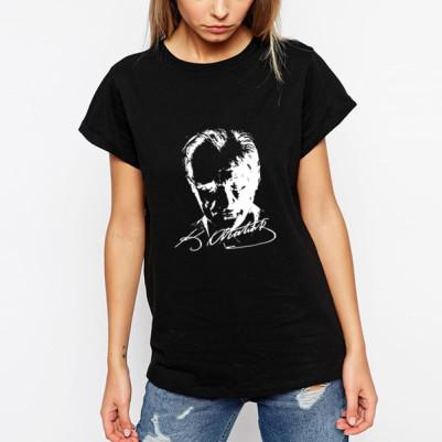 - Atatürk Silueti Siyah Bayan Tişört