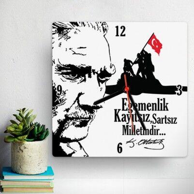 - Atatürk ve Bağımsızlık Temalı Duvar Saati