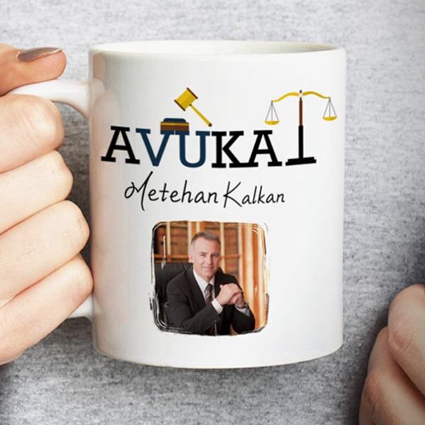 Avukat Resimli İsme Özel Kupa Bardak