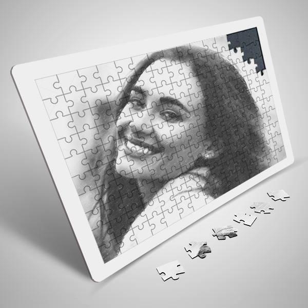 Bayanlara Özel Karakalem Efektli Puzzle