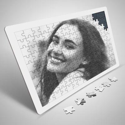 - Bayanlara Özel Karakalem Efektli Puzzle