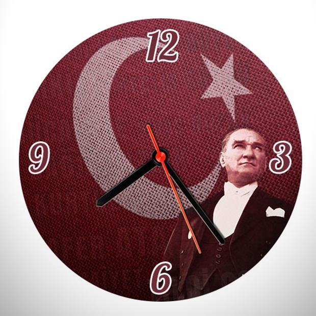 Bayrak ve Atatürk Resimli Duvar Saati