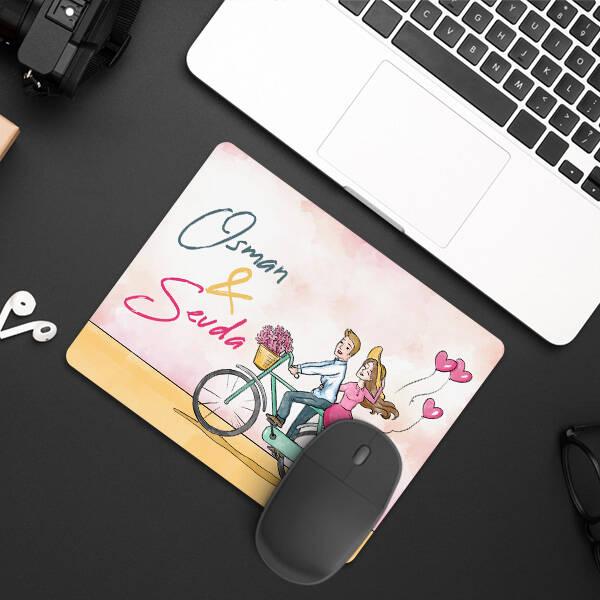 Bisikletli Mutlu Sevgililer Mousepad