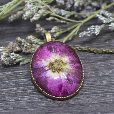 - Canlı Çiçek Kolye Pembe Papatya YK222