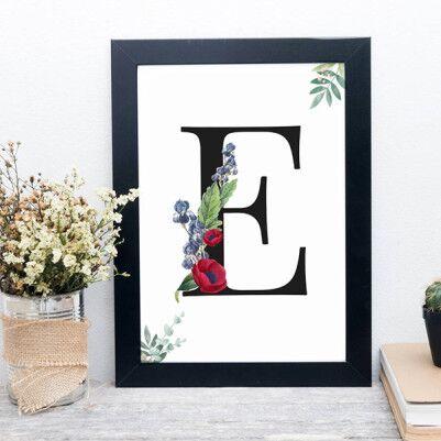 Çiçek Motifli İsim Baş Harfli Çerçeve - Thumbnail