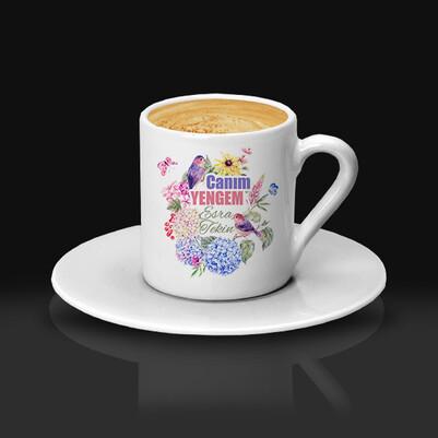 Çiçek Yengem İsimli ve Mesajlı Kahve Fincanı - Thumbnail