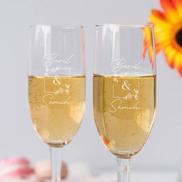 Çiftler İçin Kişiye Özel 2'li Şampanya Bardağı