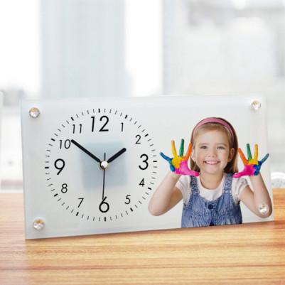 - Çocuklara Özel Cam Masa Saati