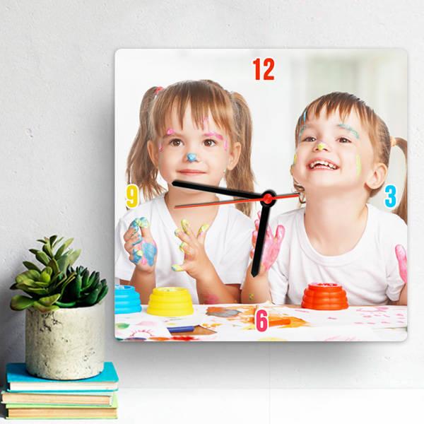 Çocuklara Özel Fotoğraflı Duvar Saati