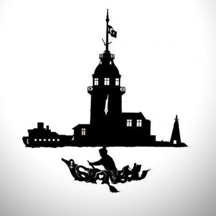 Dekoratif Kız Kulesi Temalı Sarkaçlı Duvar Saati
