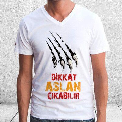 - Dikkat Aslan Çıkabilir Erkek Tişörtü