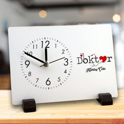 - Doktora Özel Dikdörtgen Masa Saati
