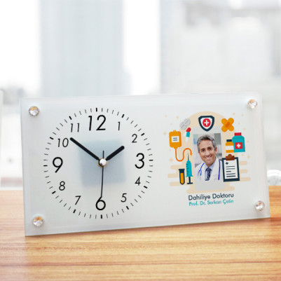 - Doktorlara Hediye İsme Özel Cam Masa Saati