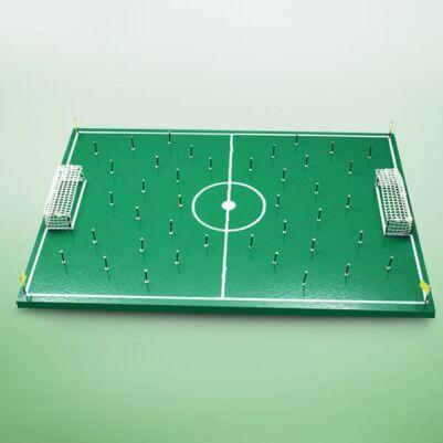 - El Yapımı Nostaljik Çivili Futbol Sahası