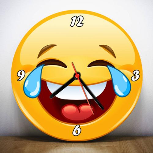 Emoji Tasarımlı Duvar Saatleri