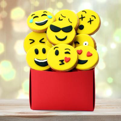 - Emoji Tasarımlı Sempatik Butik Kurabiyeler