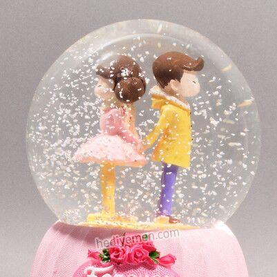En Tatlı Aşıklar Müzikli Kar Küresi - KB19 - Thumbnail
