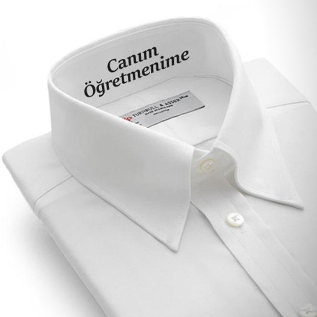 Erkek Öğretmene Hediye Mesajlı Gömlek