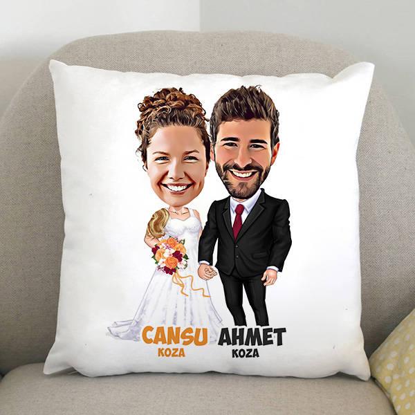 Evlendik Mutluyuz Karikatürlü Yastık