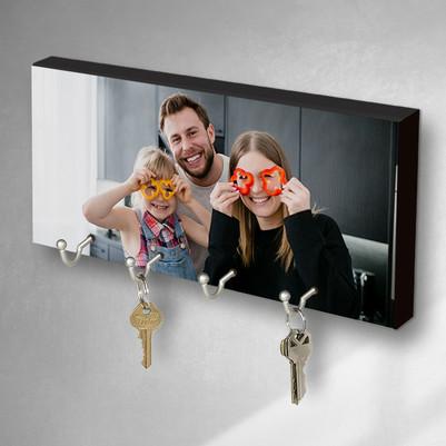 - Fotoğraf Baskılı Aileye Özel Anahtarlık Askısı