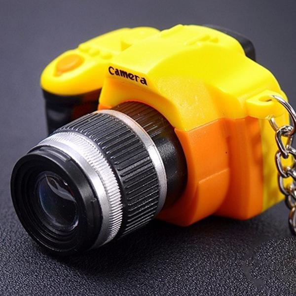 Fotoğraf Makinesi Tasarımlı Anahtarlık