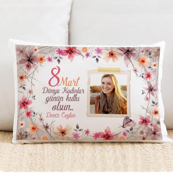 kadınlar günü için yastık ile ilgili görsel sonucu