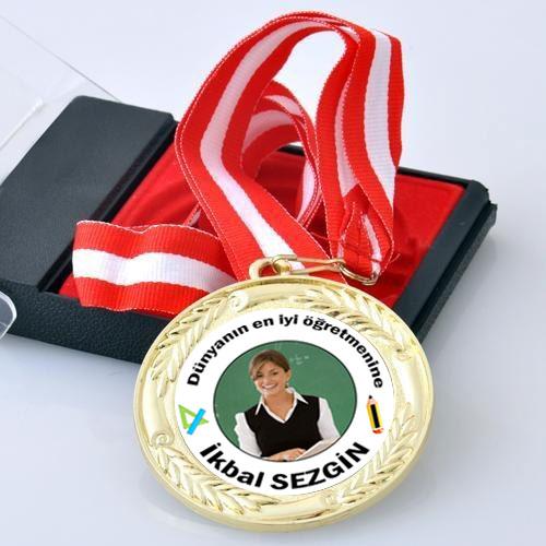 Fotoğraflı En İyi Öğretmen Madalyonu