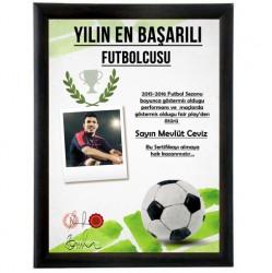- Fotoğraflı Yılın Futbolcusu Sertifikası