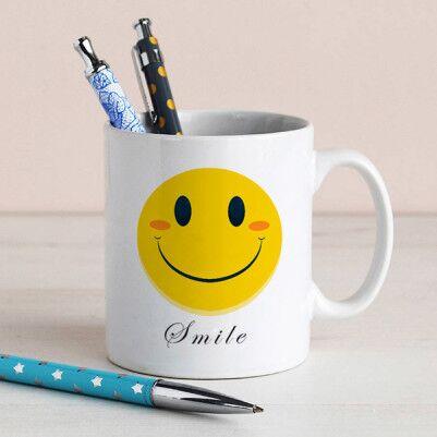 - Gülen Yüz Emoji Simgeli Kupa Bardak