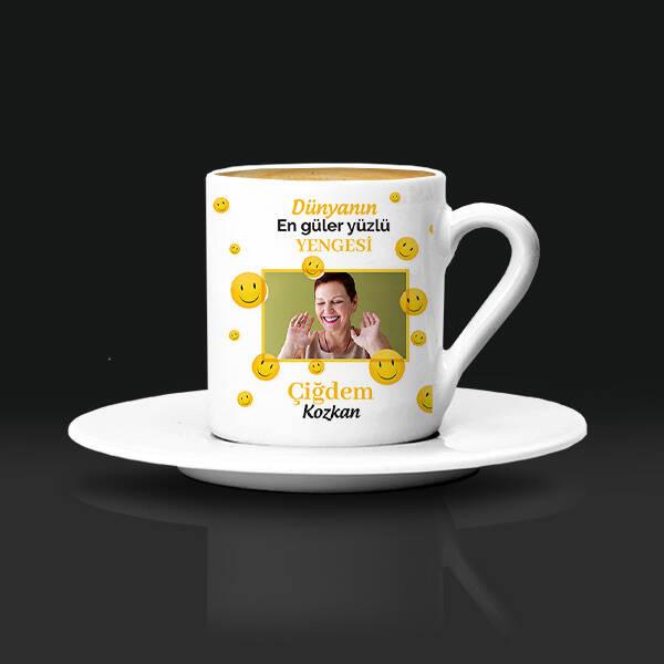 Güler Yüzlü Yengem Kahve Fincanı
