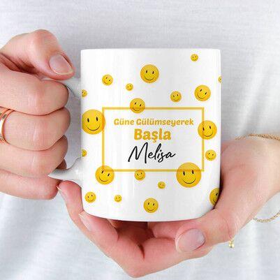 - Güne Gülümseyerek Başla İsimli Kupa Bardak