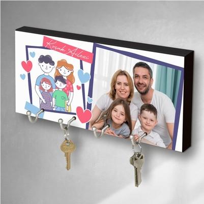 - Güzel Aile Fotoğraflı Anahtarlık Askısı