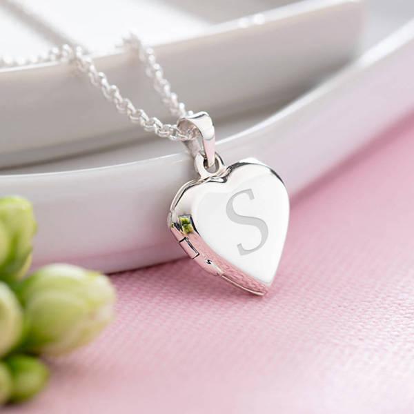 Harfli ve Fotoğraflı Gümüş Kalp Kolye