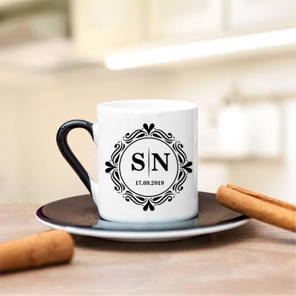 Harfli ve Tarihli Tasarım Kahve Fincanı