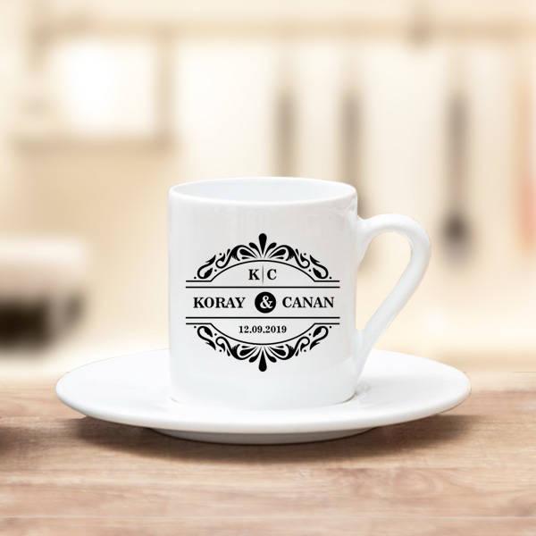 İki İsimli ve Tarihli Kahve Fincanı