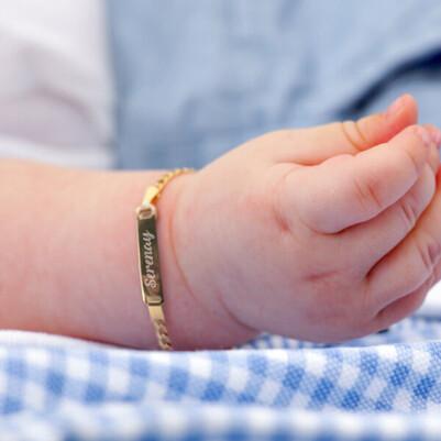 - İsme Özel Altın Sarısı Bebek Bilekliği