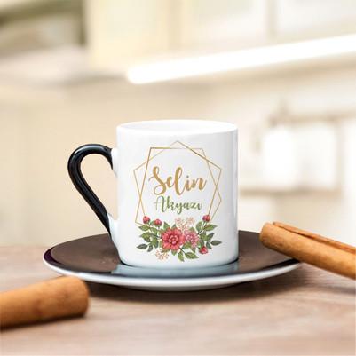 İsme Özel Çiçek Motifli Kahve Fincanı - Thumbnail
