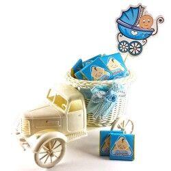 - İsme Özel Kamyonlu Erkek Bebek Hediye Sepeti